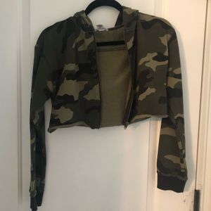 Forever 21 Camo Cropped Jacket